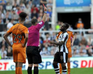 vurnon-anita-red-card-wolves