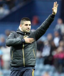 aleksandar-mitrovic-salutes-fanes-at-end-deepdale
