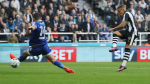 dwight-gayle-scores-newcastkles-second-goal-brentford