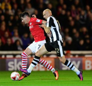jonjo-shelvey-in-action-barnsley