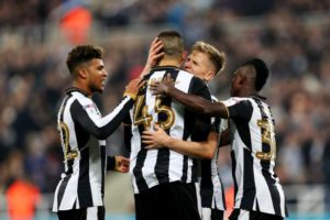 matt-ritchie-celebrates-penalty-with-mitrovic