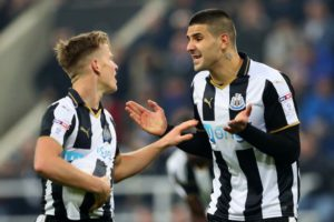 ritchie-and-mitrovic-argue-on-penalty-preston