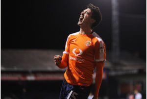 alex-gilliad-aftre-scoring-for-luton