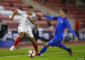 italys_antonio_barreca_in_action_with_englands_isaac_hayden_381263