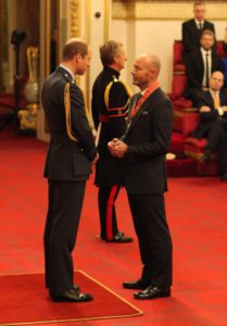 alan-shearer-at-buckingham-palace